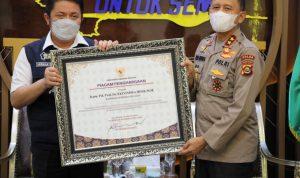 Herman Deru Lepas Irjen Pol Eko Indra Heri Dengan Penghargaan dan Doa